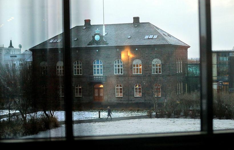 Frumvarpið verður líklega samþykkt fyrir jól.
