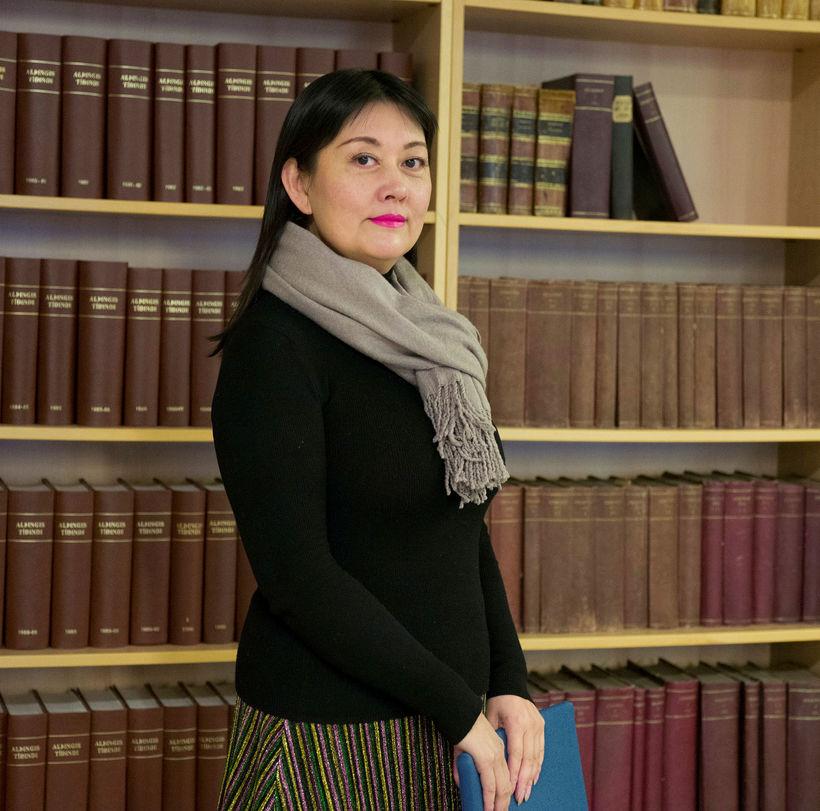 Rosita YuFan Zhang krefur RÚV um formlega afsökunarbeiðni og þrjár …