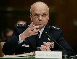 Michael Hayden, yfirmaður CIA
