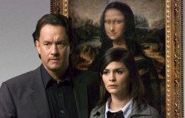 Tom Hanks og Audrey Tautou framan við málverkið af Monu ...