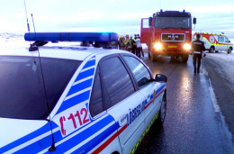 Frá slysstað á Sandskeiði í desember 2006.
