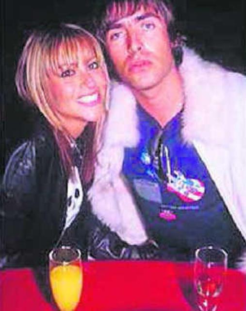 Nicole Appleton og Liam Gallagher giftu sig á Valentínusardag.