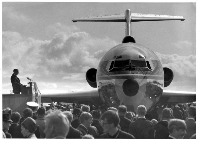 Gullfaxi Flugfélags Íslands, Boeing 727, fyrsta þota í eigu Íslendinga ...