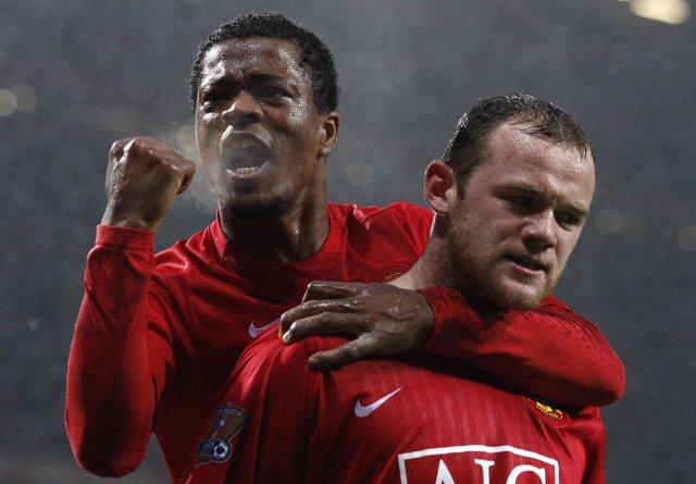 Wayne Rooney og Patrice Evra verða hvorugir með United á ...