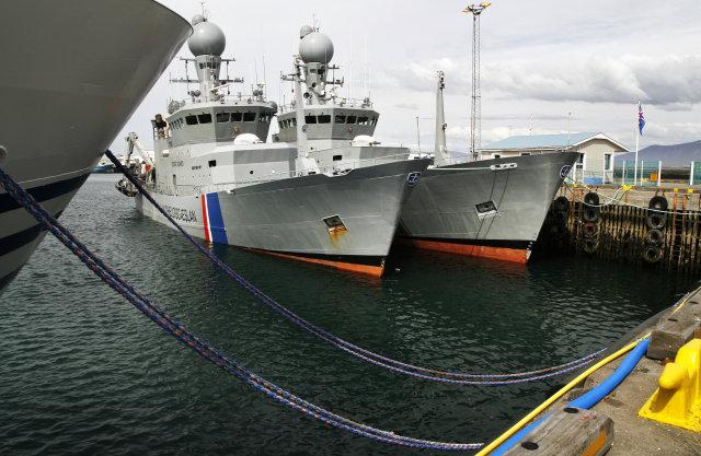 Ægir og Týr í Reykjavíkurhöfn í sumar.
