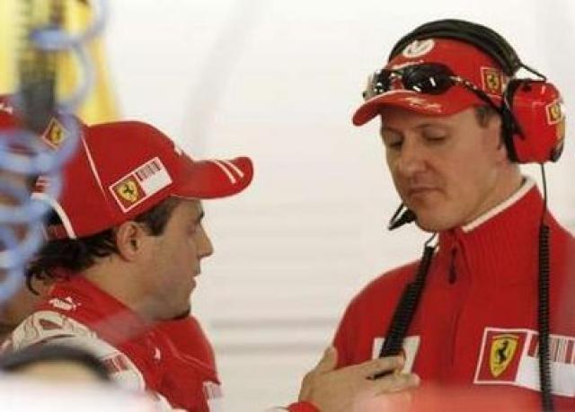 Schumacher kemur Ferrari til hjálpar vegna fjarveru Massa af völdum …