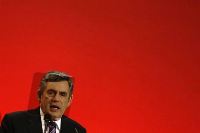 Gordon Brown flytur ræðu sína í Brighton í dag.