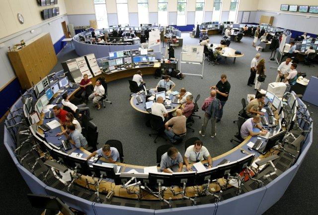 Vísindamenn að störfum hjá CERN