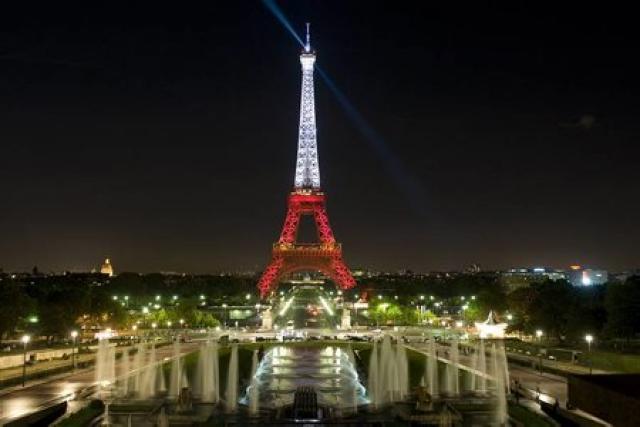 Frá París