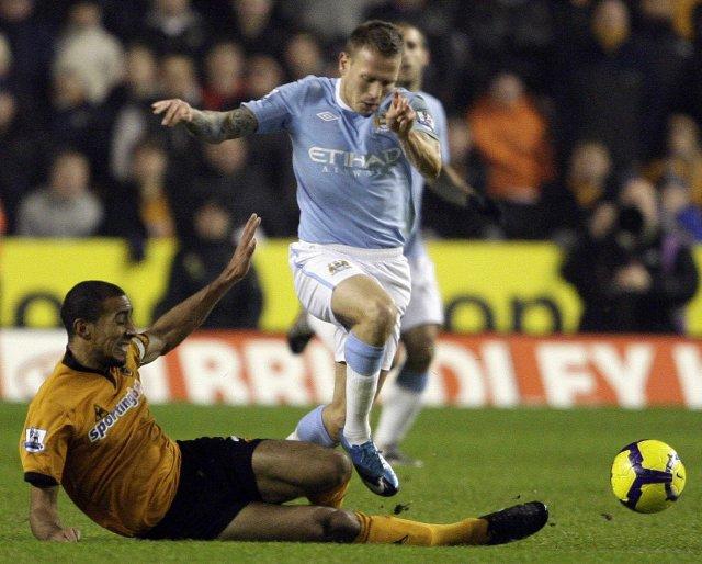 Craig Bellamy hefur verið lánaður frá Manchester City til Cardiff.
