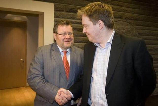 Fulltrúar Samfylkingar hafa rætt við framsóknarmenn.