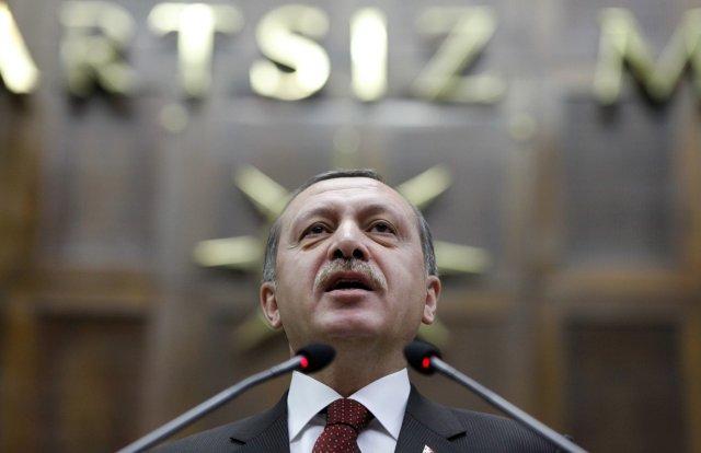 Tayyip Erdogan forsætisráðherra Tyrklands er ekki skemmt.
