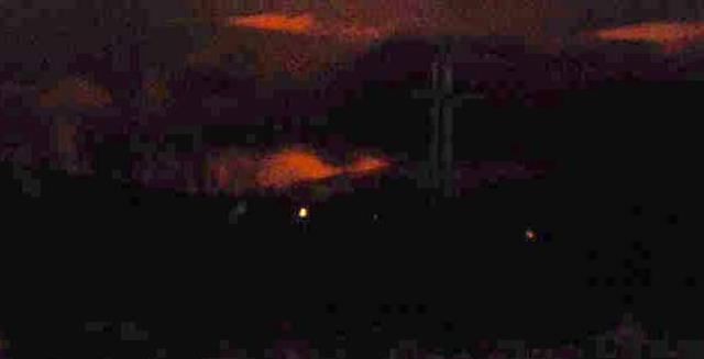 Gosbjarminn sést vel frá Kirkjulækjarkoti. Myndin var tekin á tíma ...