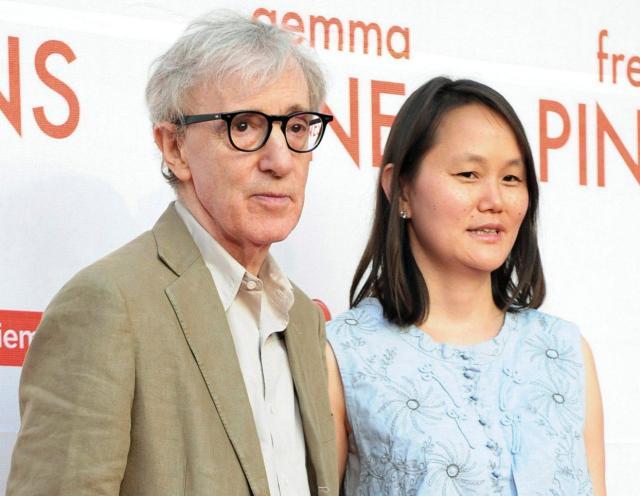 Woody Allen ásamt eiginkonu sinni Soon-Yi Previn.