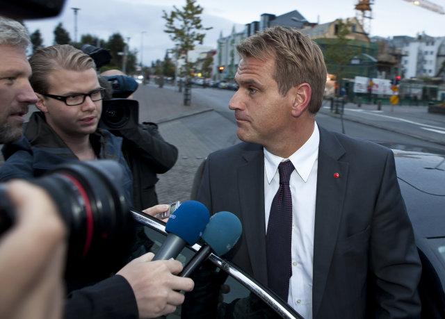 Árni Páll Árnason verður viðskiptaráðherra.