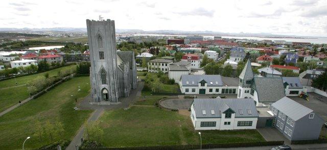 Í niðurstöðum nefndarinnar sögðust átta hafa sætt kynferðislegu ofbeldi.