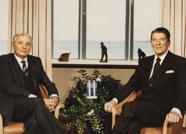Mikhail Gorbachev og Ronald Reagan á leiðtogafundinum í Höfða 1986.