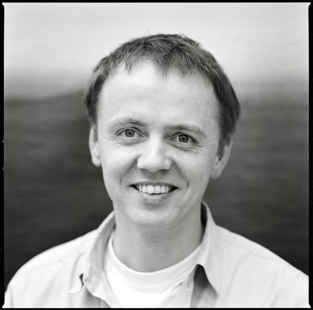 Georg Guðni Hauksson listmálari.
