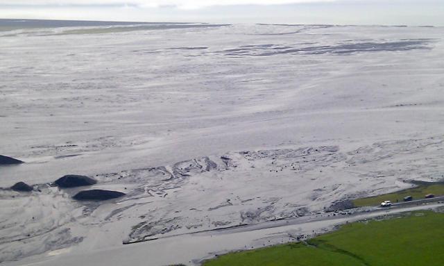 Gríðarlegt vatn er í Múlakvísl.