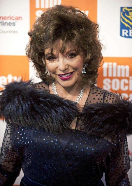 Joan Collins datt í lukkupottinn þegar hún giftist í fimmta …
