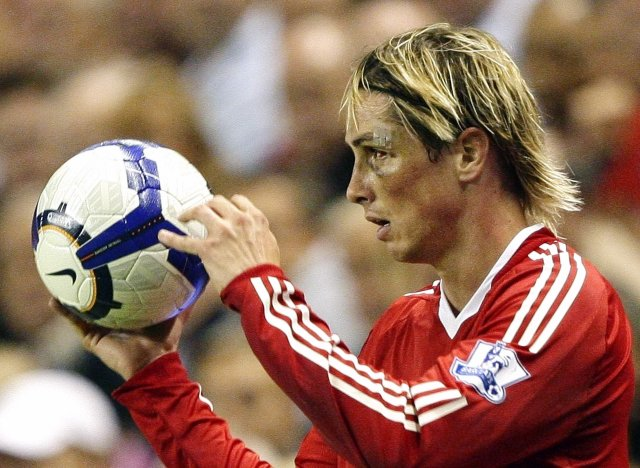Fernando Torres er í byrjunarliði Liverpool í dag.