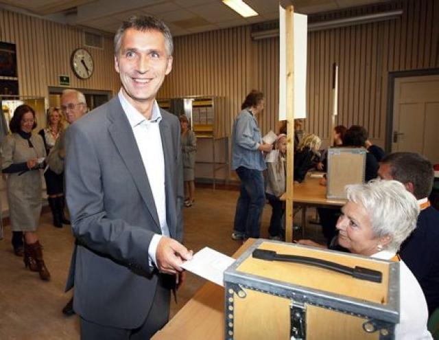 Jens Stoltenberg, forsætisráðherra Noregs, segir í bréfi til Jóhönnu Sigurðardóttur ...