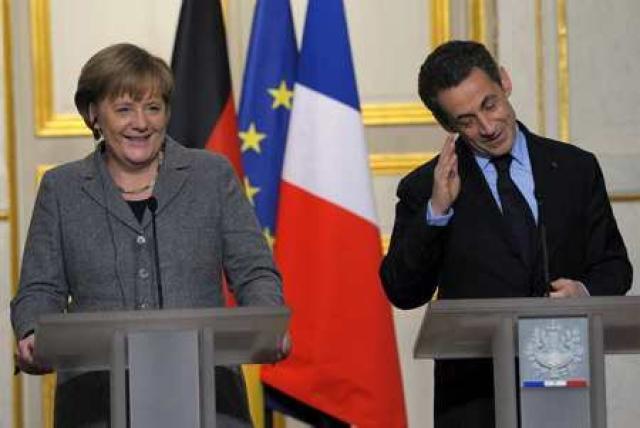 Angela Merkel og Nicolas Sarkozy á góðri stund.
