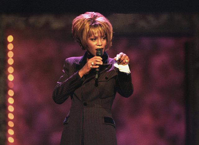 Whitney Houston var svakalega vinsæl söngkona.