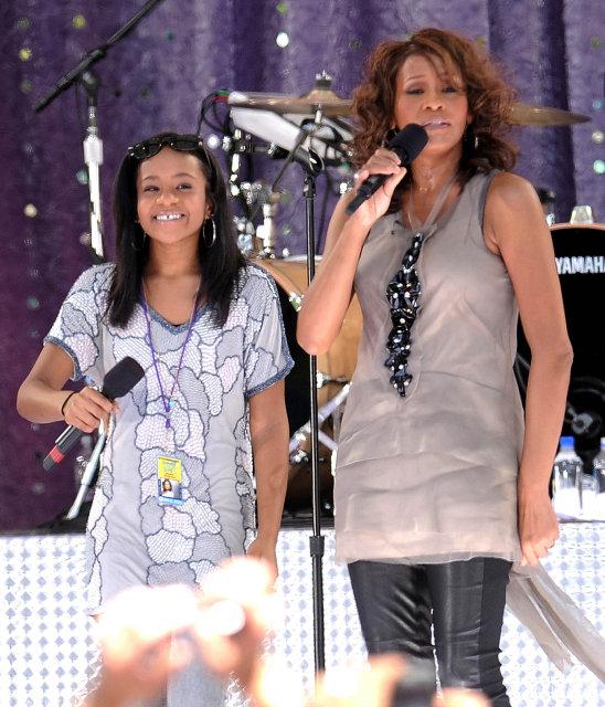 Whitney Houston ásamt dóttur sinni, Bobbi Kristina Brown árið 2009.
