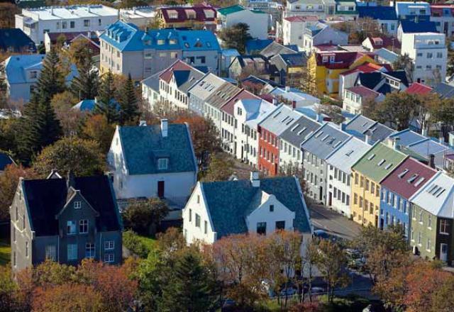 Ríkjandi lánaform til íbúðakaupa hafa verið 40 ára verðtryggð jafngreiðslulán.