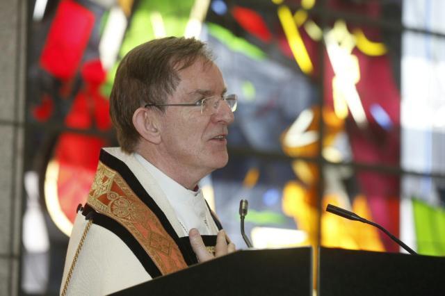 Karl Sigurbjörnsson, fyrrverandi biskup Íslands, var fimmti hæst launaði prestur …