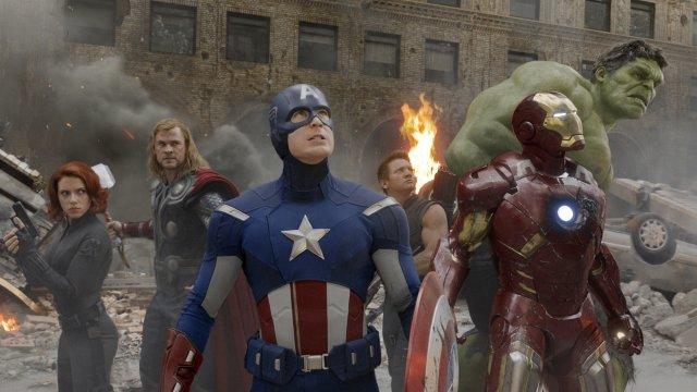 Scarlett Johansson, Chris Hemsworth, Chris Evans, Jeremy Renner, Robert Downey ...