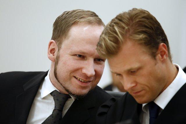 Anders Behring Breivik myrti 77 manns í Ósló og Útey …