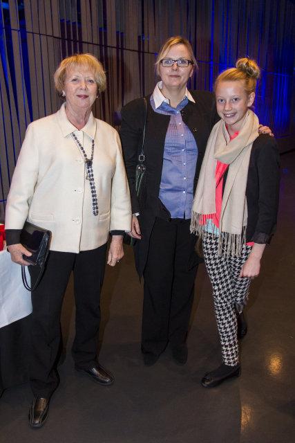 Vigdís Finnbogadóttir, Marta Guðjónsdóttir og Aþena Vigdís Eggertsdóttir.