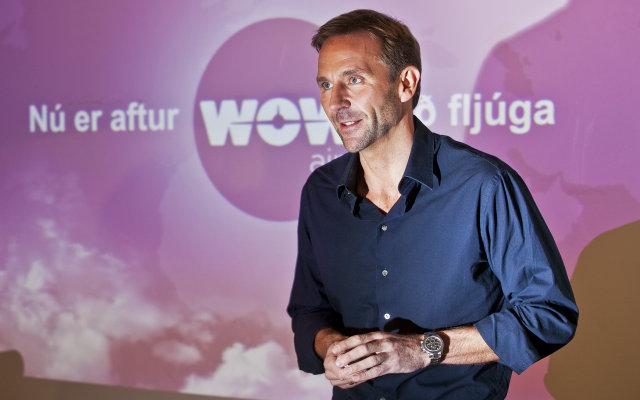 Skúli Mogensen presents WOW air to press in 2011.