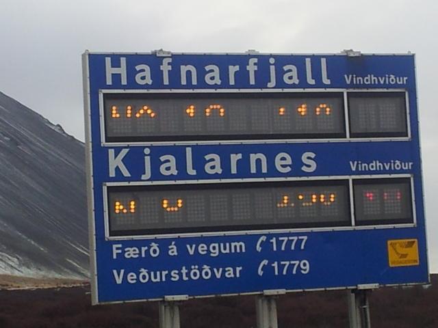 Það verður hvasst undir Hafnarfjalli.