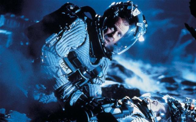 Bruce Willis lék hetju í Armageddon.