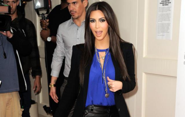Kim Kardashian er með alveg slétt enni.