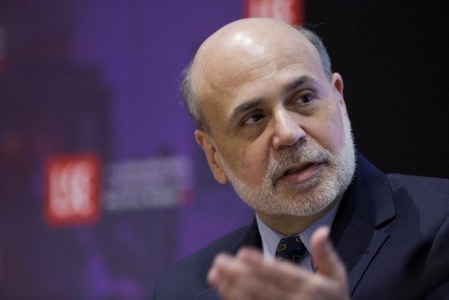 Ben Bernanke fylgist með þróuninni.
