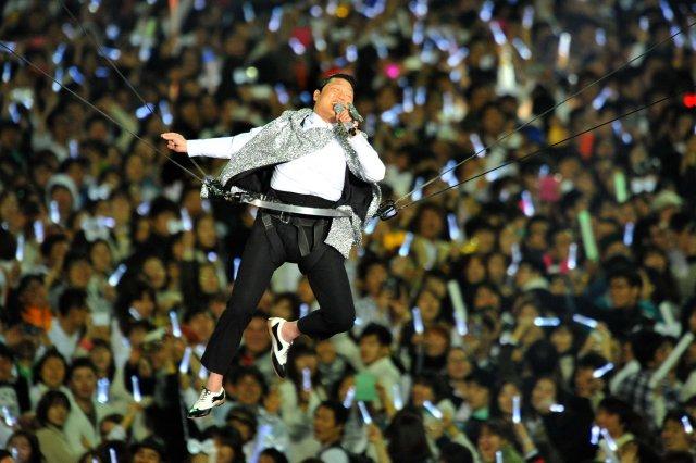 Gangnam Style-stjarnan Psy á tónleikum í Seoul April árið 2013.