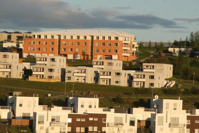 Árið 2003 sker sig nokkuð úr síðasta áratuginn vegna fjölda ...