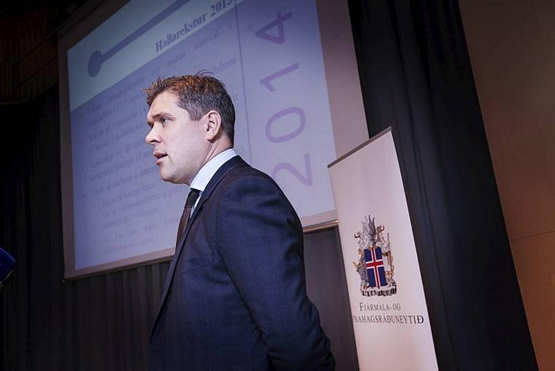 Bjarni Benediktsson fjármálaráðherra kynnir fjárlagafrumvarpið 2014.