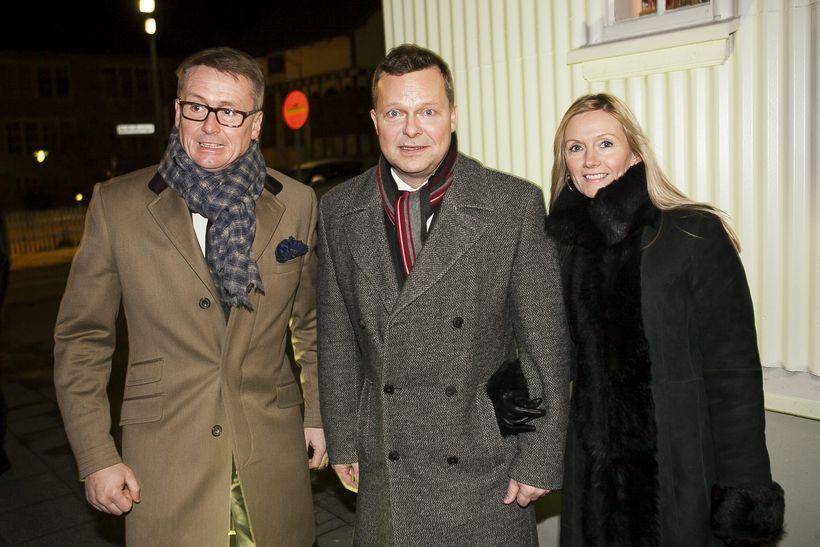 Óskar Finnsson, Gunnlaugur Helgason og Ágústa kona hans.