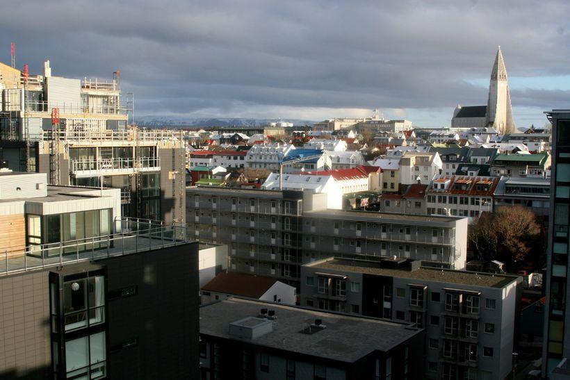 Íslandlánin verða afnumin 1. janúar 2015.