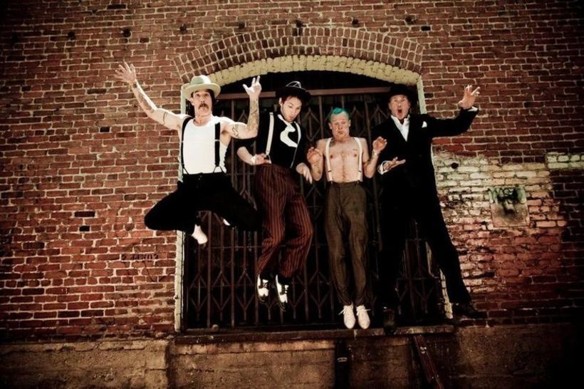 Red Hot Chili Peppers. Anthony Kiedis er lengst til vinstri ...