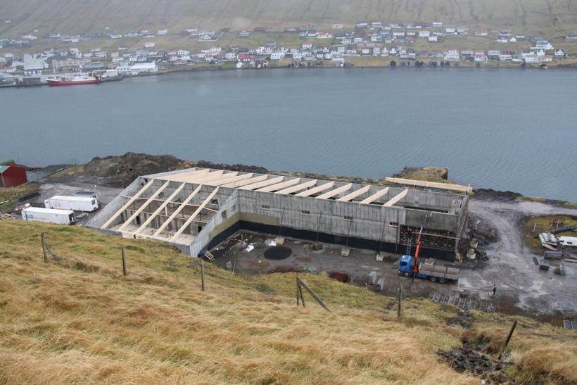 Sundlaugin í Sveitarfélaginu Vági í Suðurey.