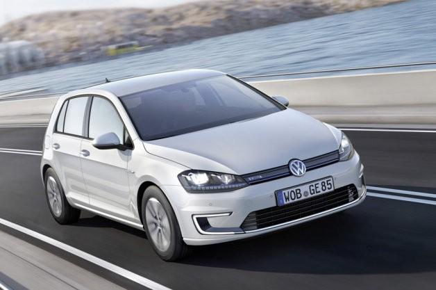 Rafbíllinn Volkswagen e-Golf er kominn á götuna í Þýskalandi.