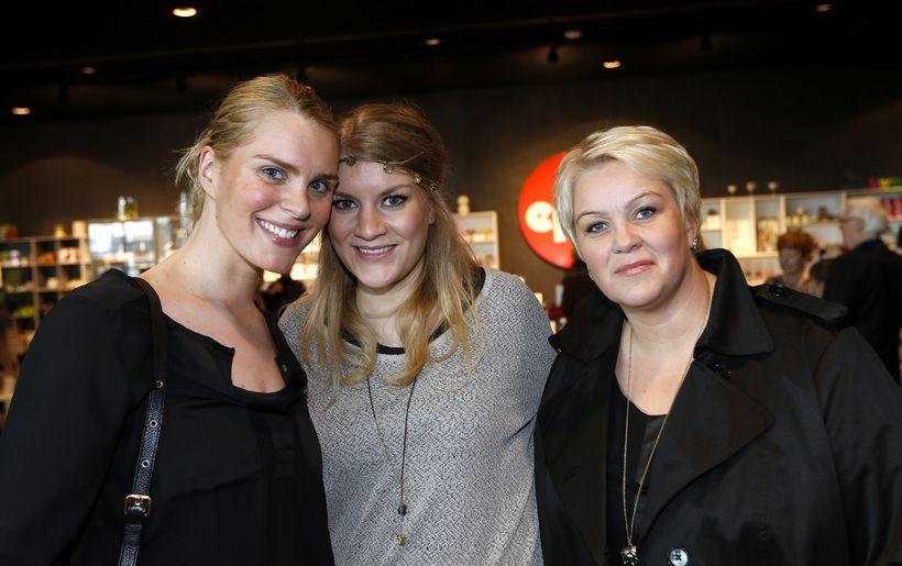 Ragnheiður Ragnarsdóttir, Hera Hannesdóttir og Svana Berglind Karlsdóttir.