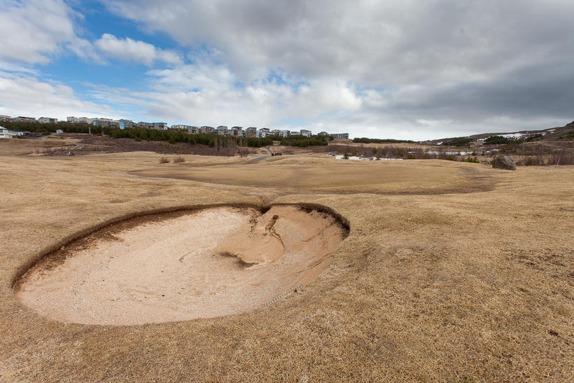 Frá Grafarholtsvelli vorið 2014 þegar golfvellir komu almennt illa undan ...