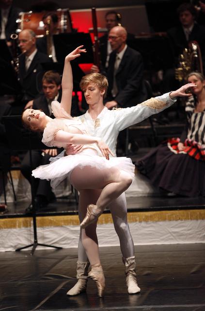 Miklu meira er um að drengir sæki í ballett erlendis ...